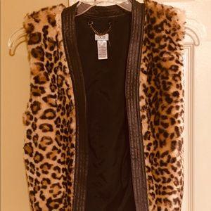 Cache leopard print faux fur vest.